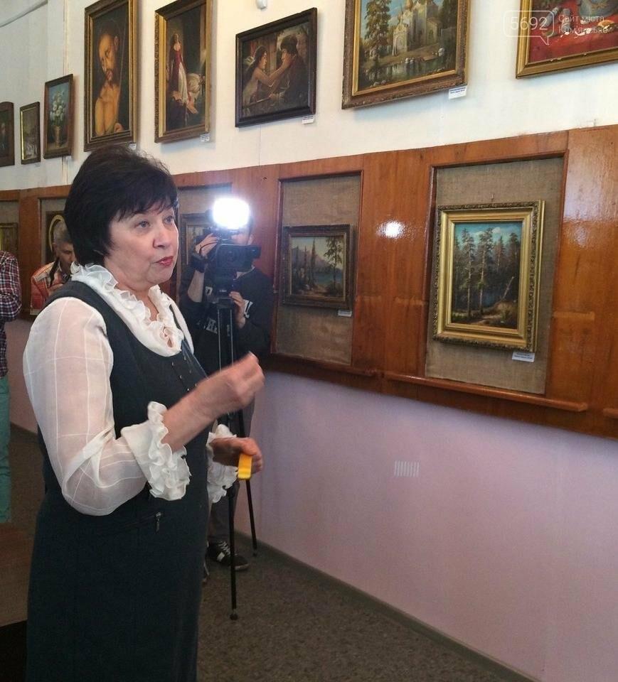 В Каменской библиотеке состоялось открытие бесплатного коворкинг-центра, фото-1