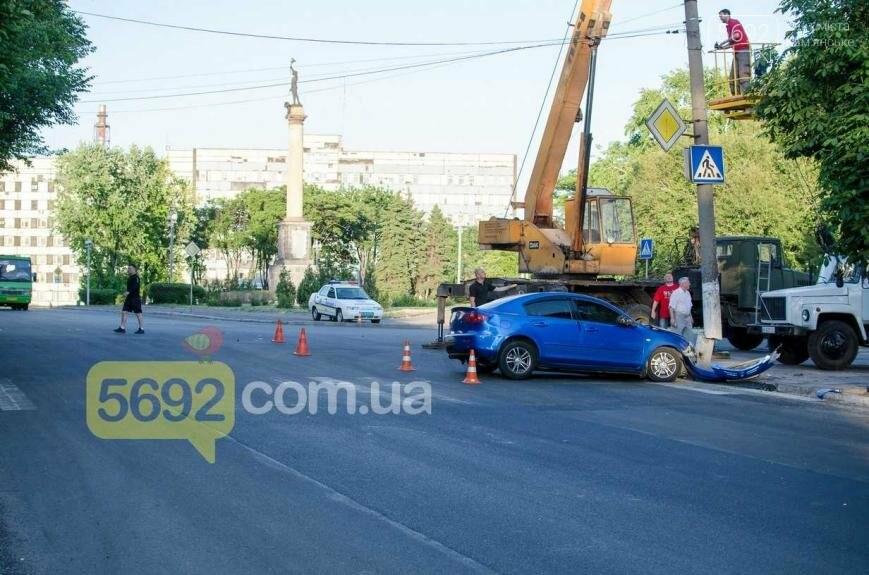 """В Каменском возле """"Прометея"""" произошло ДТП, фото-1"""