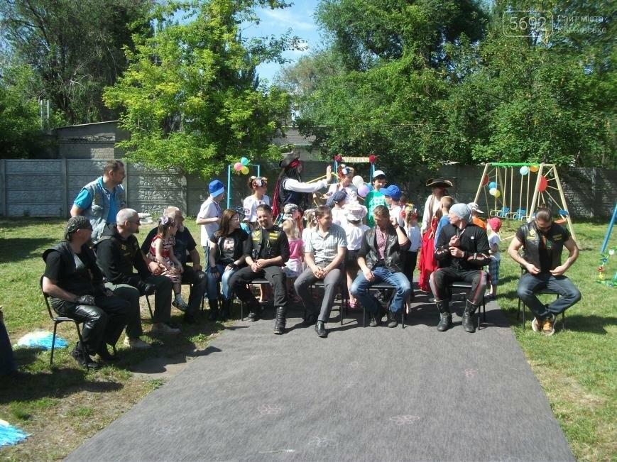 Байкеры Каменского устроили для детей из приюта веселые «покатушки», фото-7