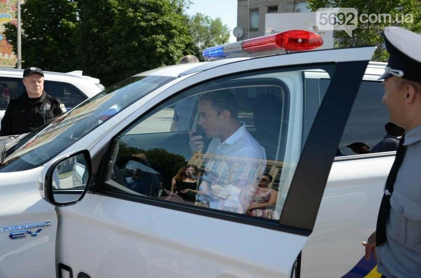 Полиция Каменского получила новые электромобили, фото-6
