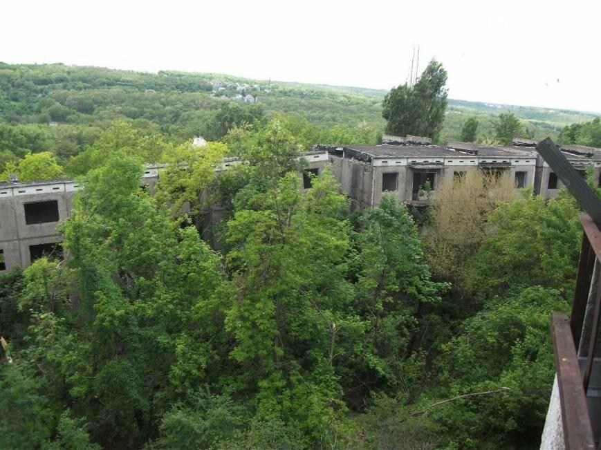 Как живут на развалинах в Каменском, фото-17