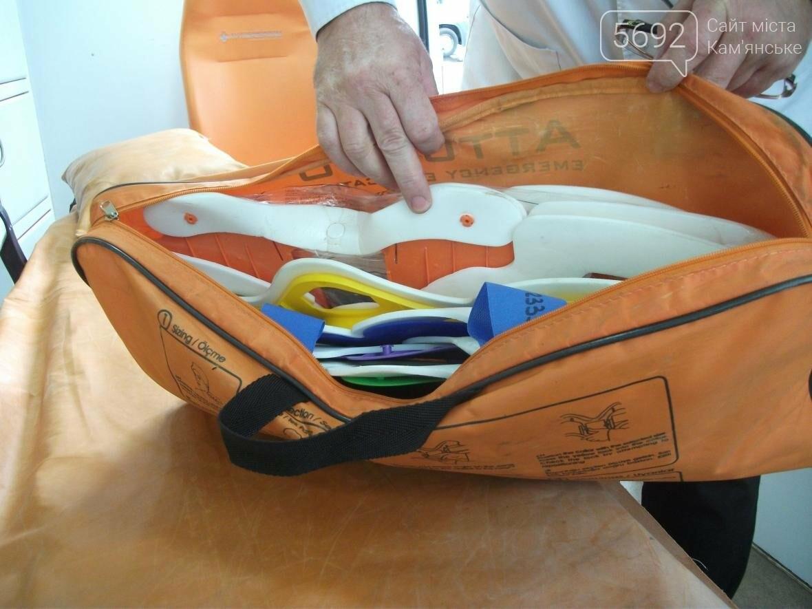 Материально-техническое обеспечение скорой помощи Каменского улучшилось, фото-7