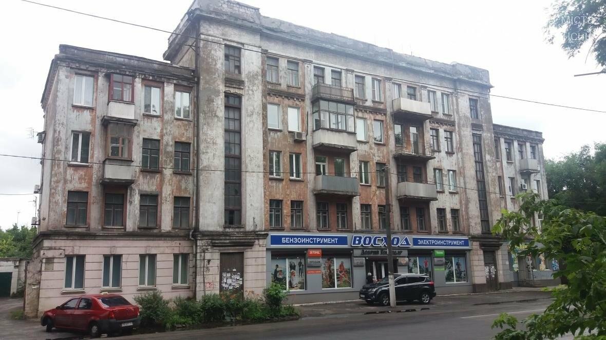 Виновных в смерти каменчанки из-за обвала фасада пока не нашли, фото-1