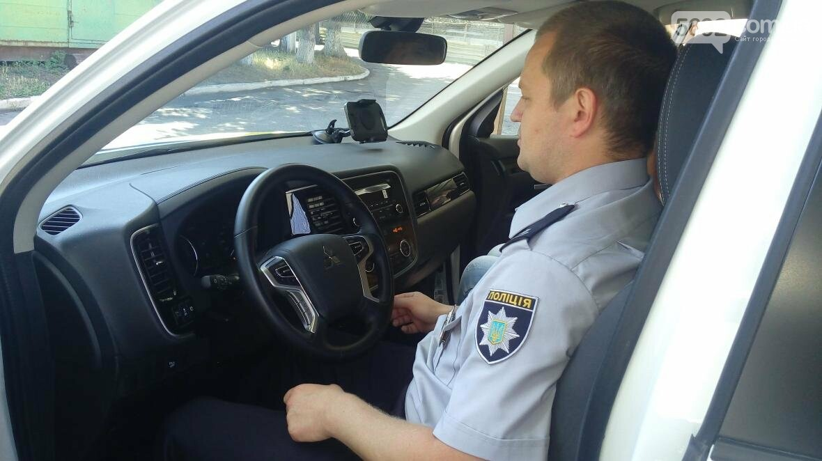 Чем на протяжении месяца занимались полицейские Каменского на новых автомобилях, фото-5