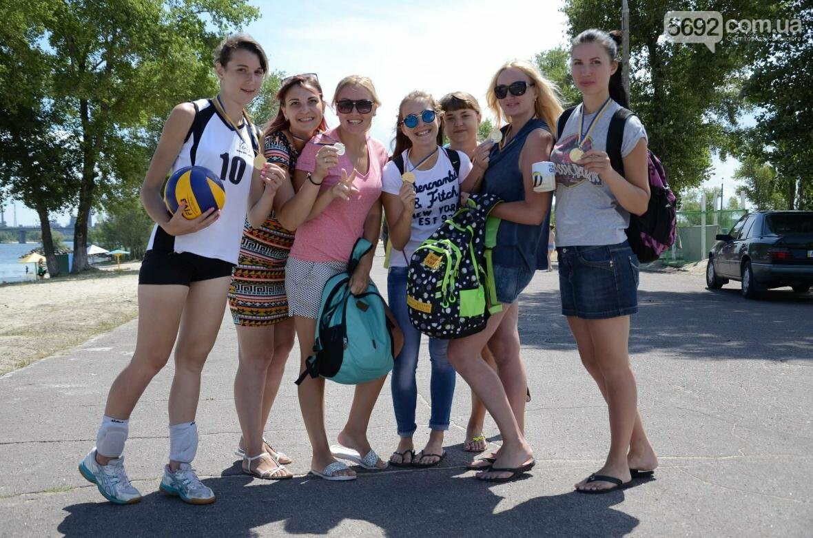 Спортсмены Каменского соревновались на пляже, фото-6