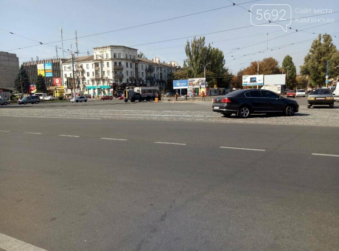 В Каменском ремонтируют трамвайные пути, фото-1