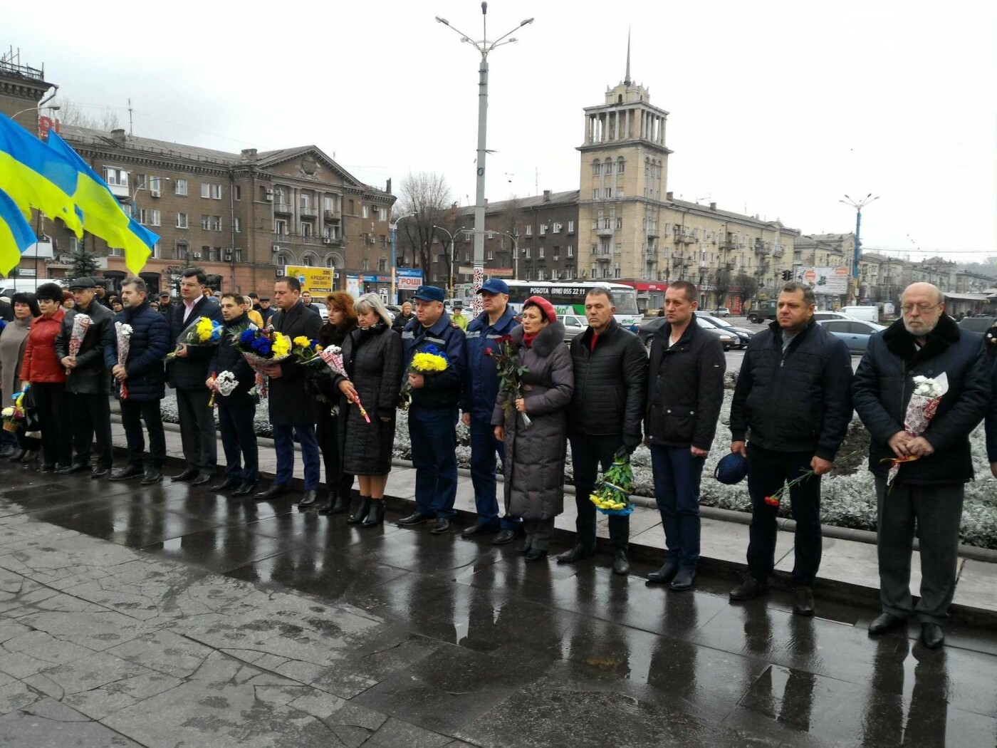 В Каменском возложили цветы к мемориалу бойцам АТО на майдане Героев, фото-2