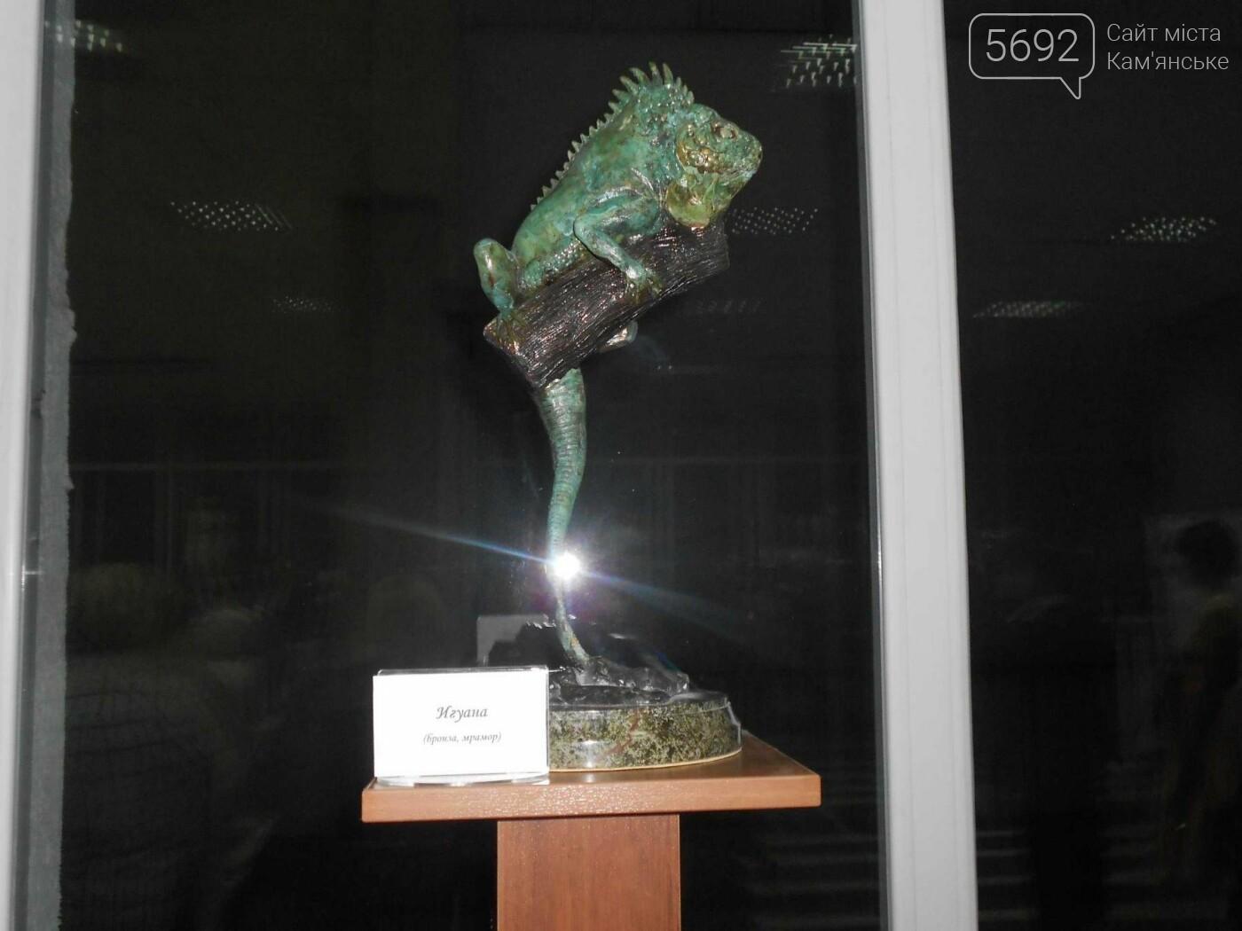 От пластилина до искусства: в Каменском открылась выставка скульптора Сергея Болдова, фото-3