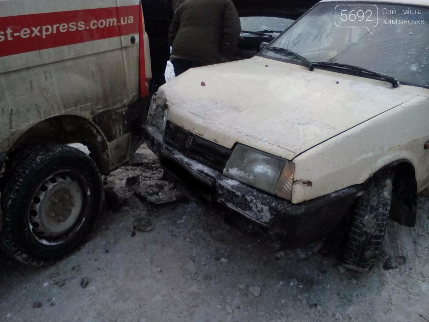 ДТП на Матросова: каменские водители жалуются на нечищеные дороги, фото-1