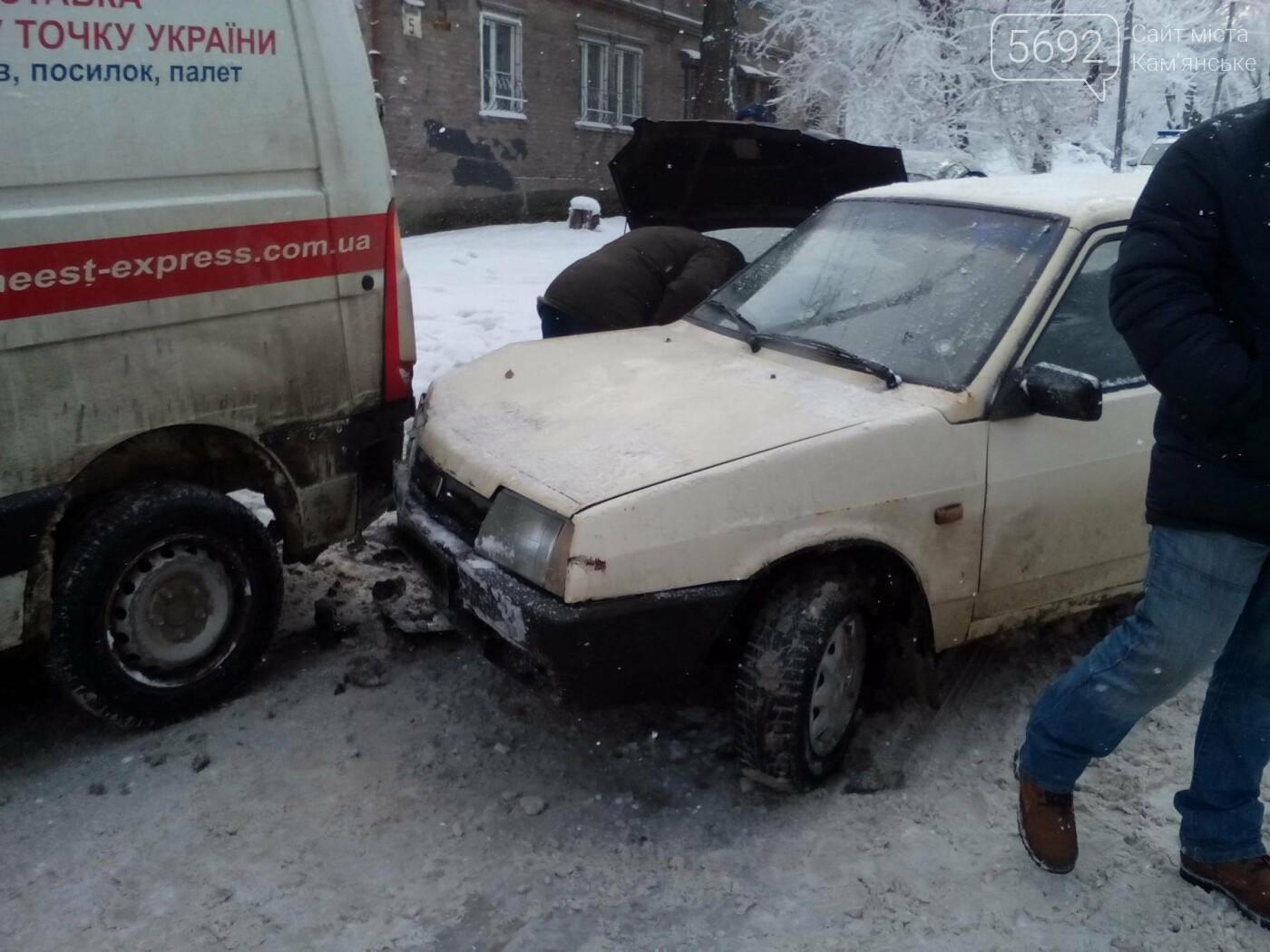 ДТП на Матросова: каменские водители жалуются на нечищеные дороги, фото-2