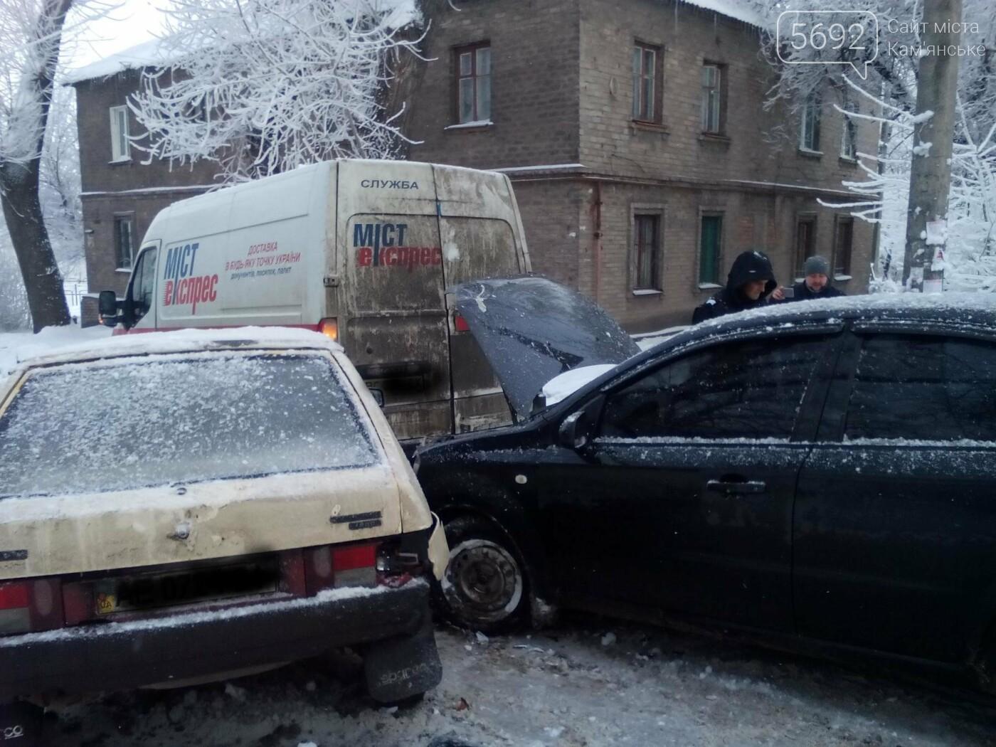 ДТП на Матросова: каменские водители жалуются на нечищеные дороги, фото-5