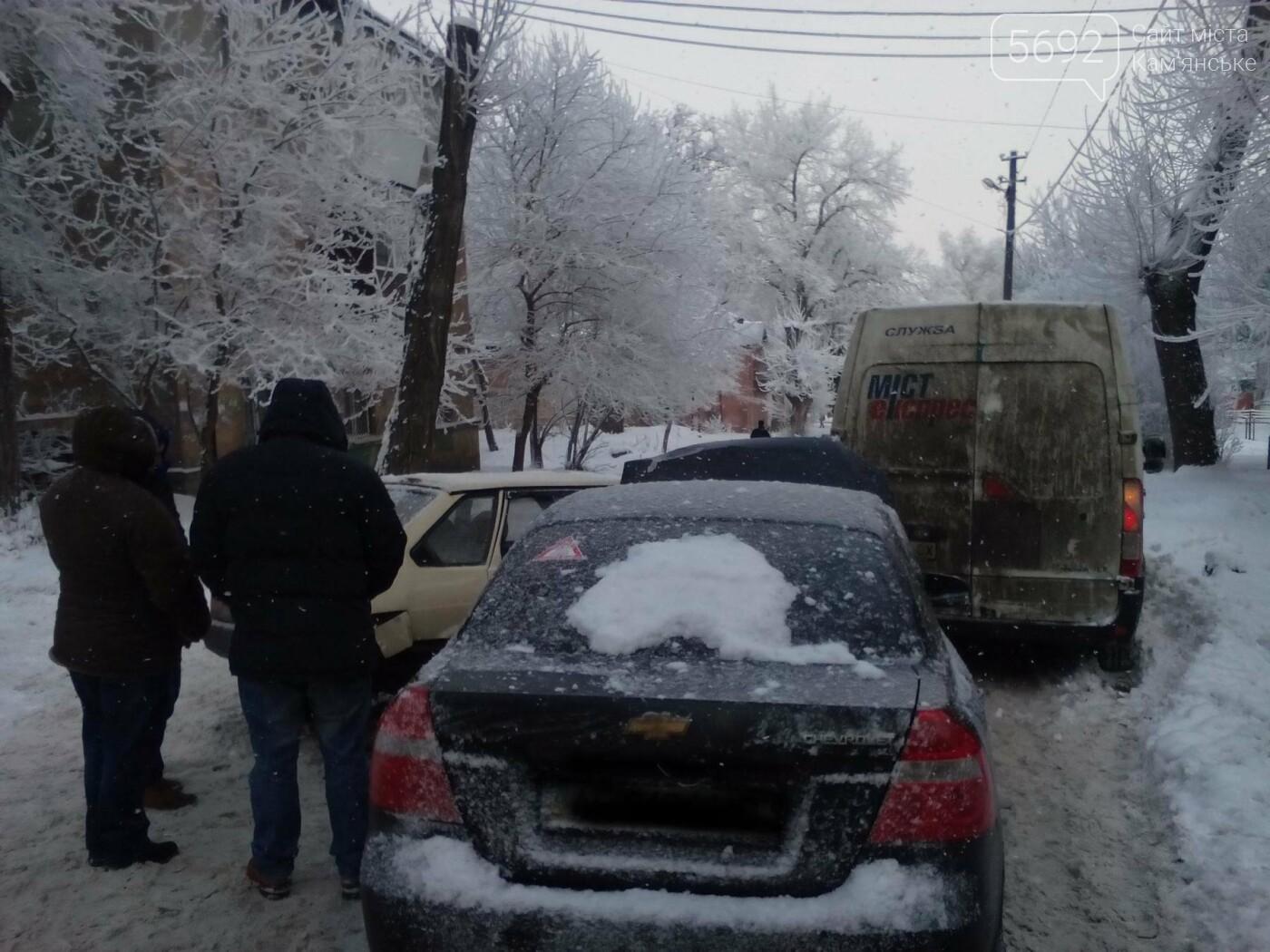 ДТП на Матросова: каменские водители жалуются на нечищеные дороги, фото-12