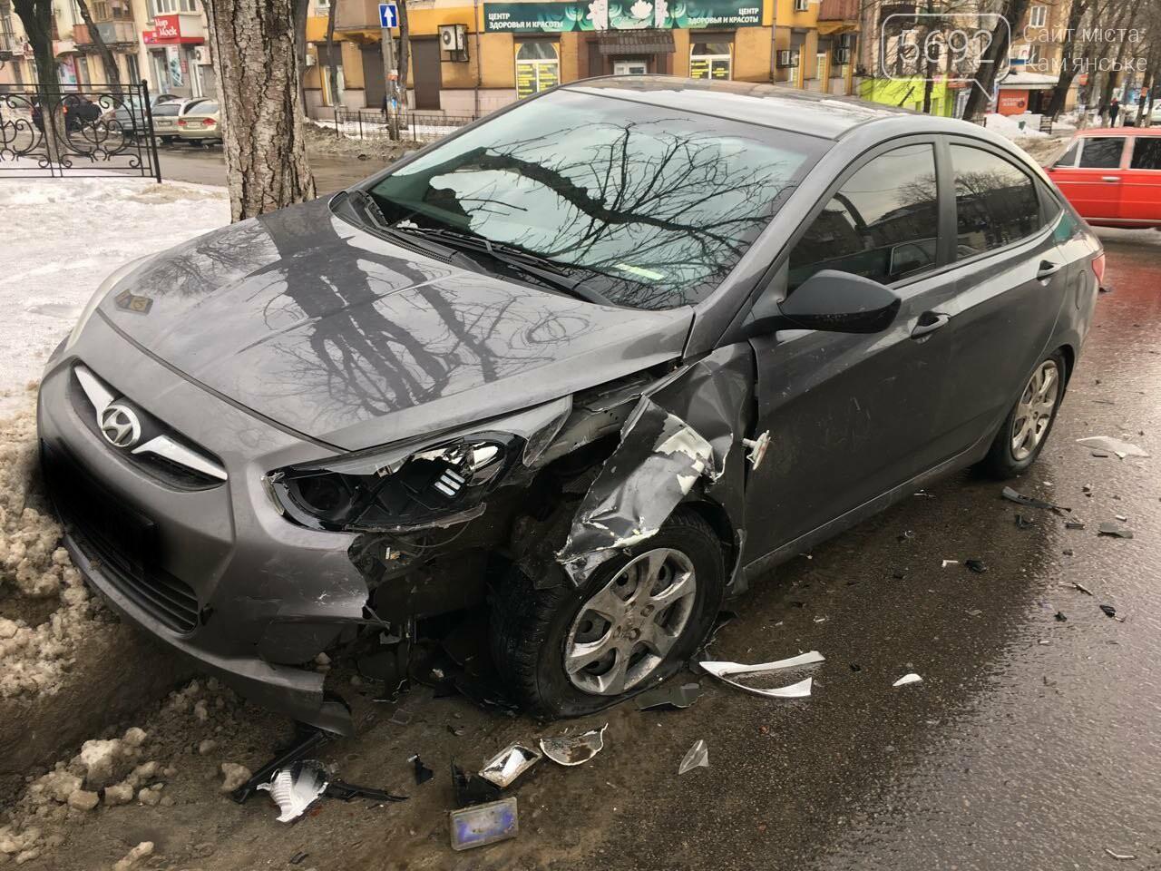 Очередное ДТП на аварийном перекрестке в Каменском, фото-7