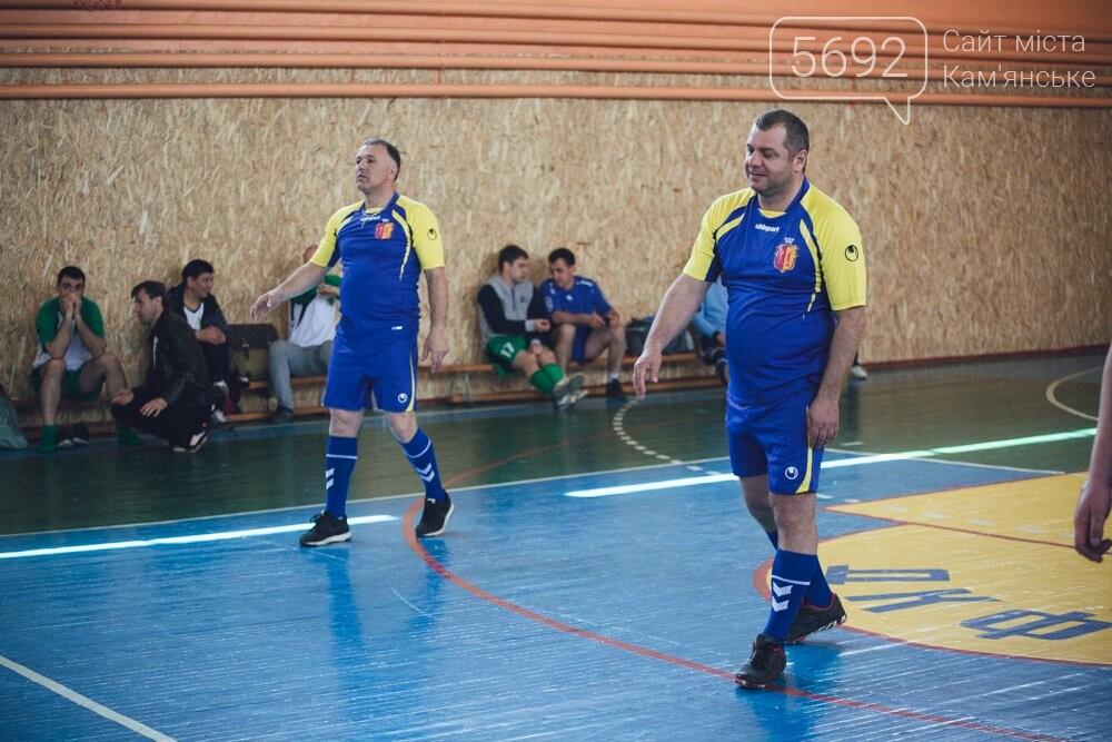 Депутаты Каменского играли в футбол и волейбол, фото-4