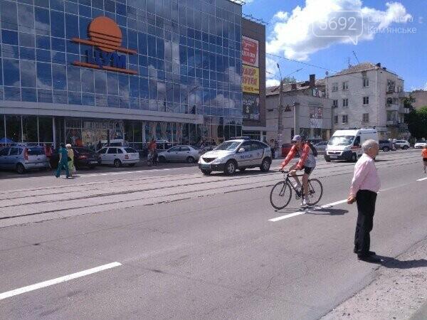 Велодень в Каменском: соревновались в креативности и поднимали флаг ЕС, фото-6