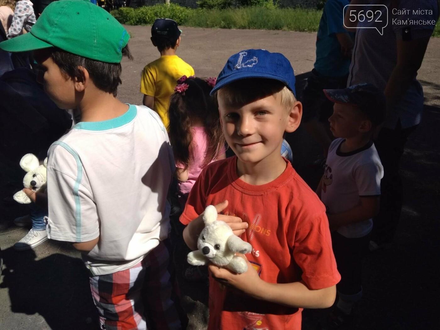 Байкеры Каменского прокатили на мотоциклах детей-сирот, фото-3
