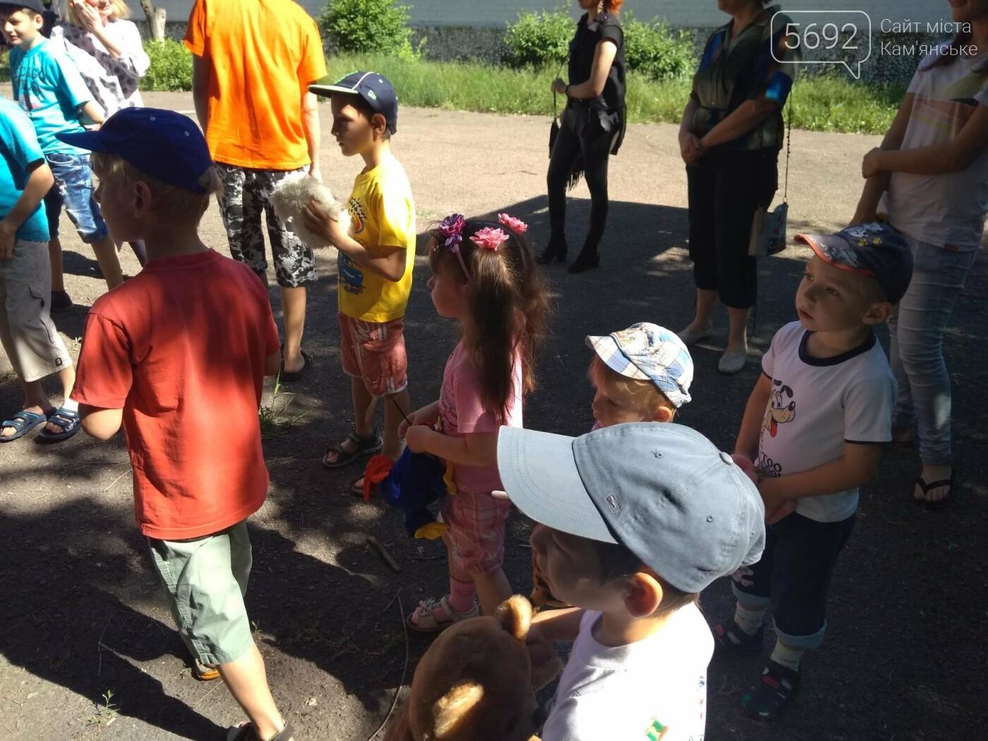 Байкеры Каменского прокатили на мотоциклах детей-сирот, фото-8
