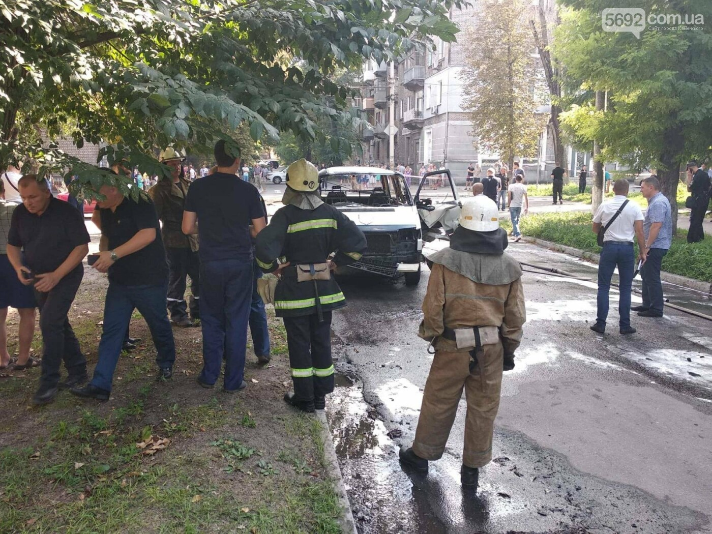 В Каменском ЧП: взорвался автомобиль с депутатом горсовета, фото-15
