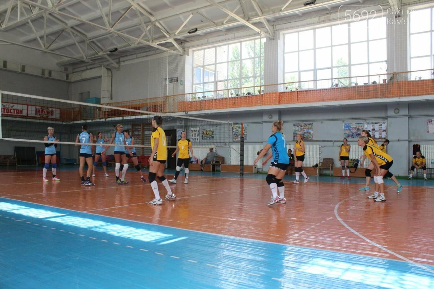 Волейболисты из Каменского стали победителями и призерами выездного турнира, фото-2