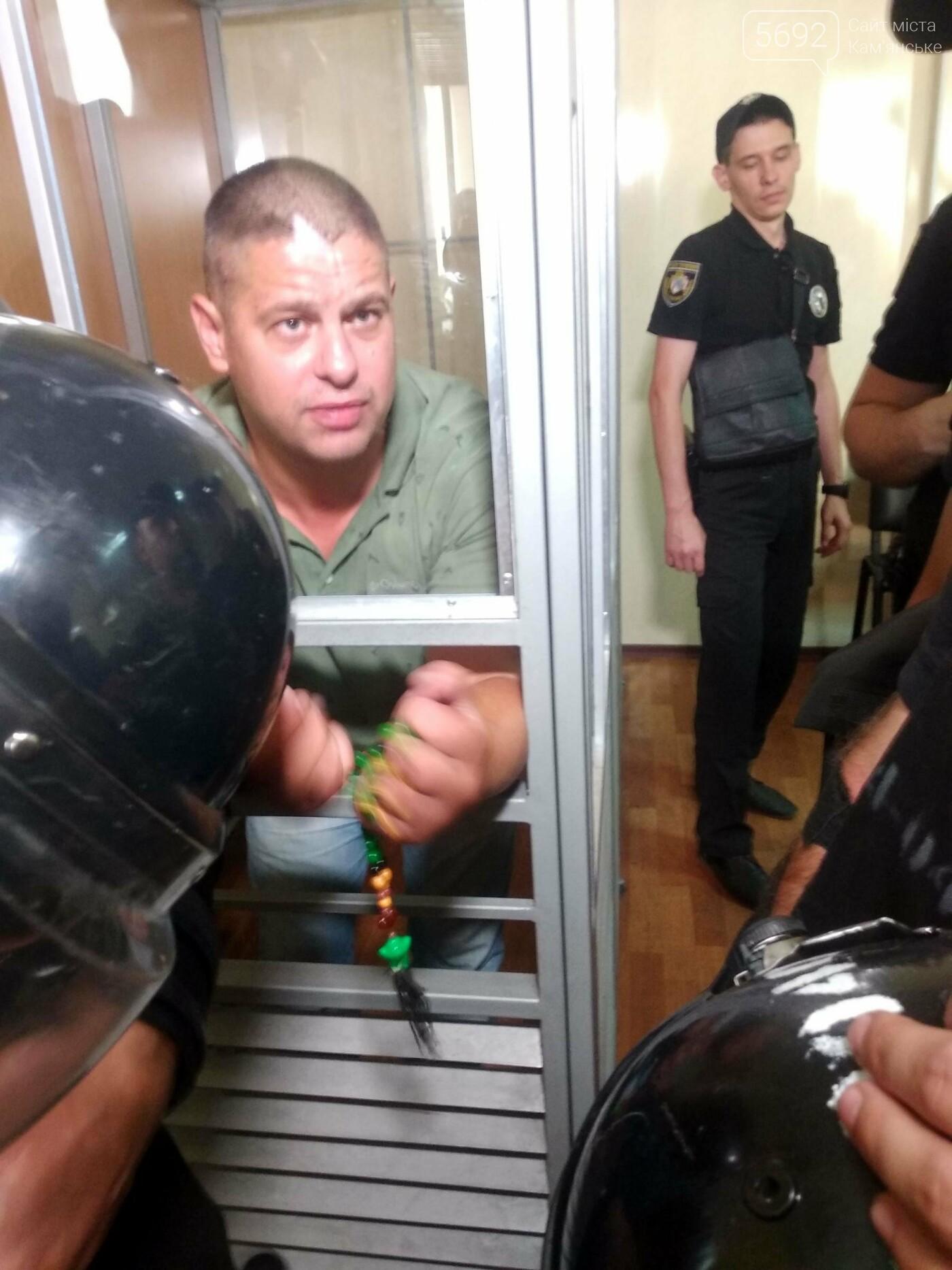 Дело об избиении врача: в Каменском за хулиганство суд избрал меру пресечения для Евгения Найды, фото-12