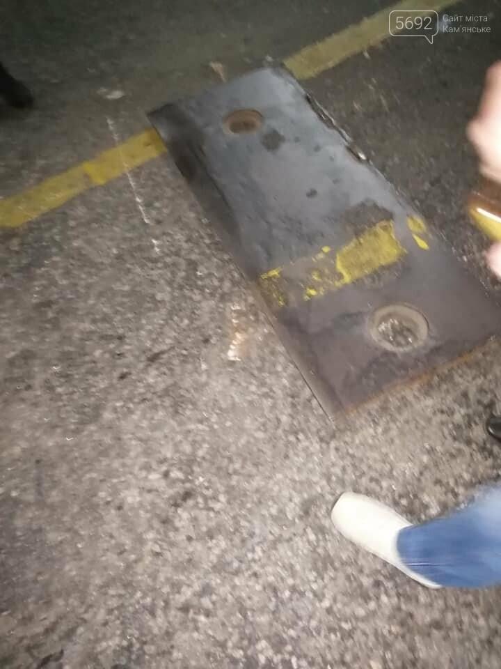 Женщина, которая упала с моста в Каменском, находится в больнице и может остаться инвалидом, фото-2