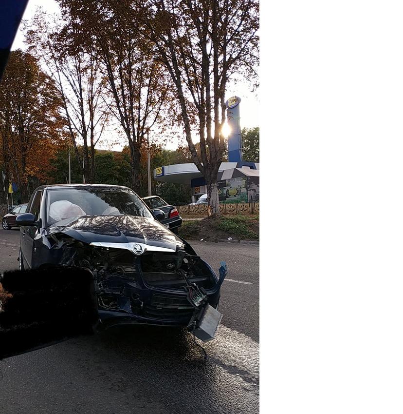 В центре Каменского произошло жесткое ДТП с пострадавшими, фото-5