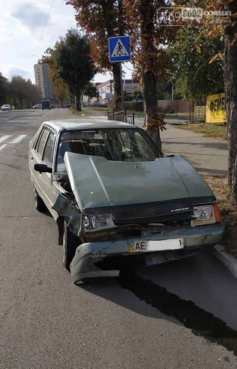 В Каменском на аварийном перекрестке произошло ДТП с пострадавшим, фото-2