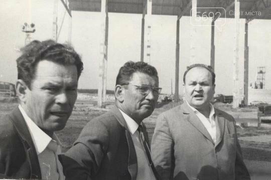 45 лет назад на левобережье Каменского сдали в эксплуатацию первый дом, фото-1