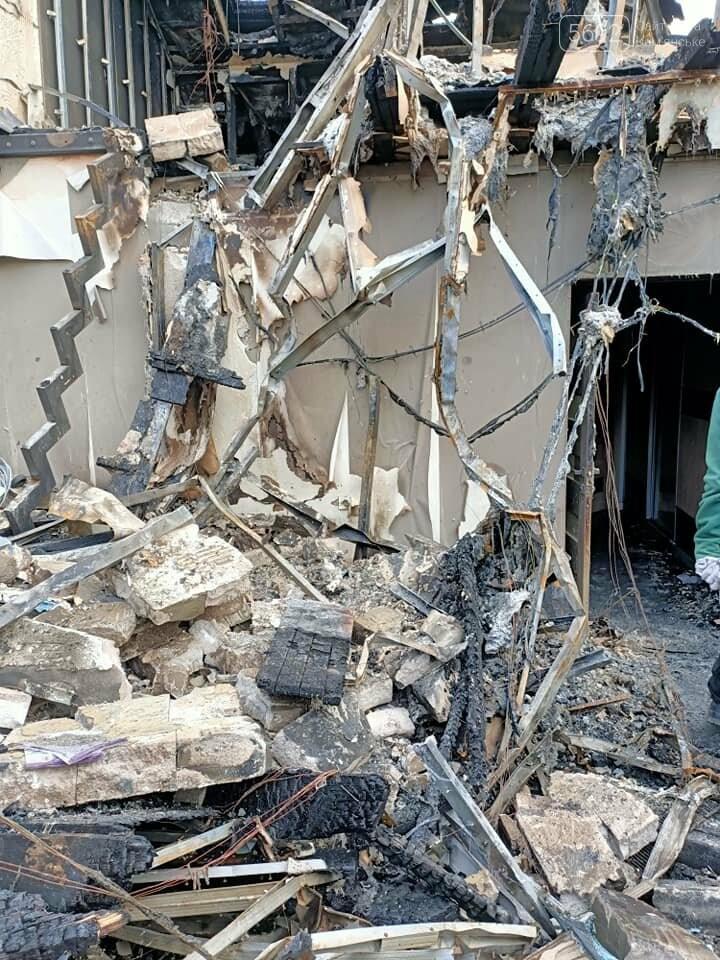 В Елизаветовке горел коттеджный городок: история пострадавшей семьи Иллиодоровых, фото-17