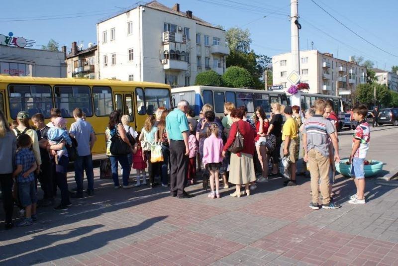 В День защиты детей маленькие каменчане отправились в Днепропетровский цирк, фото-2