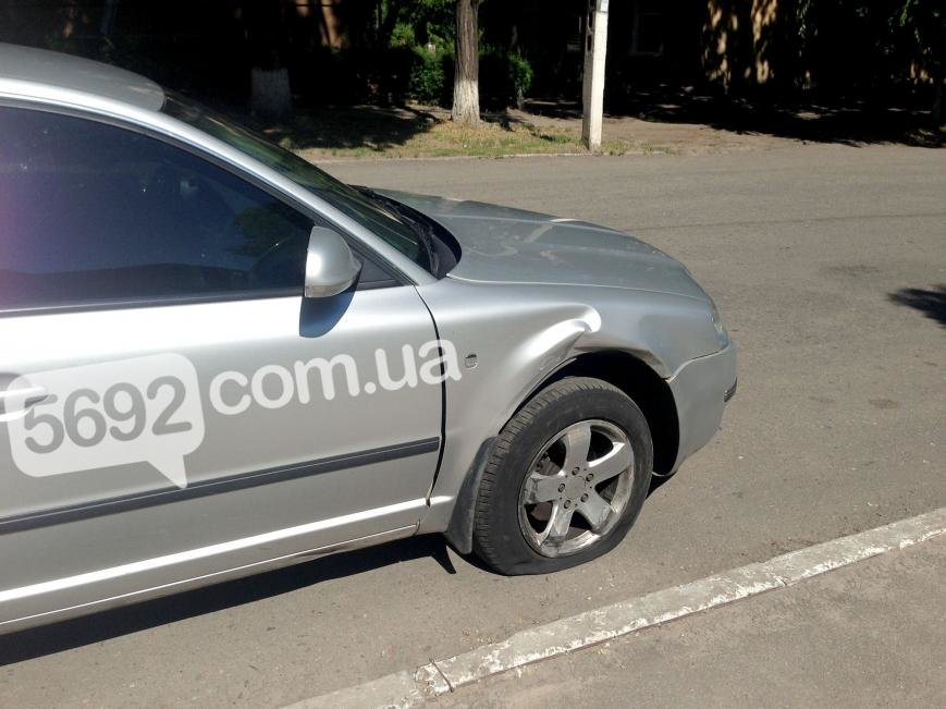 В Каменском на проспекте Аношкина произошло ДТП, пострадал водитель, фото-7