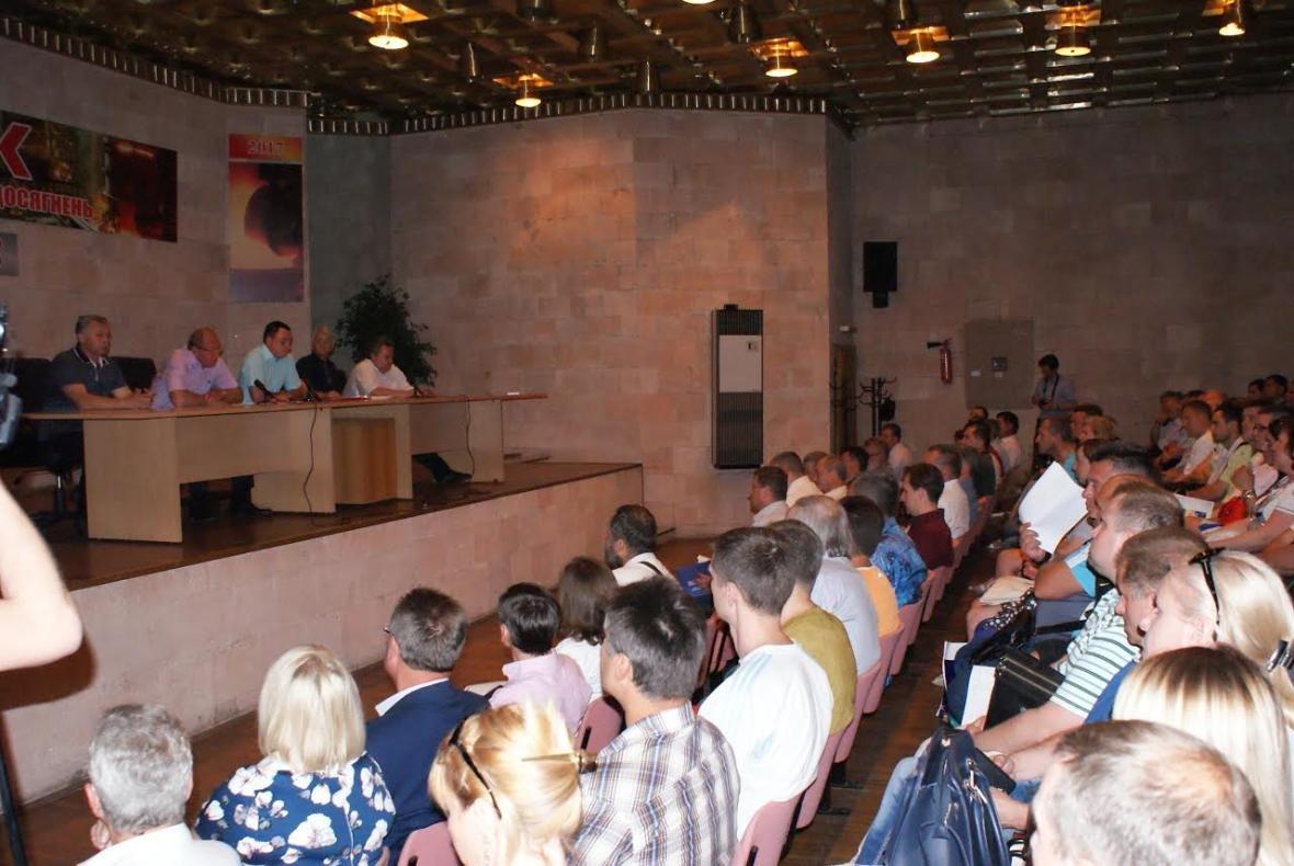 В Каменском состоялась встреча администрации ДМК и профсоюзов , фото-3