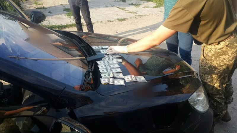 В Каменском на взятке поймали подполковника Нацполиции, фото-2