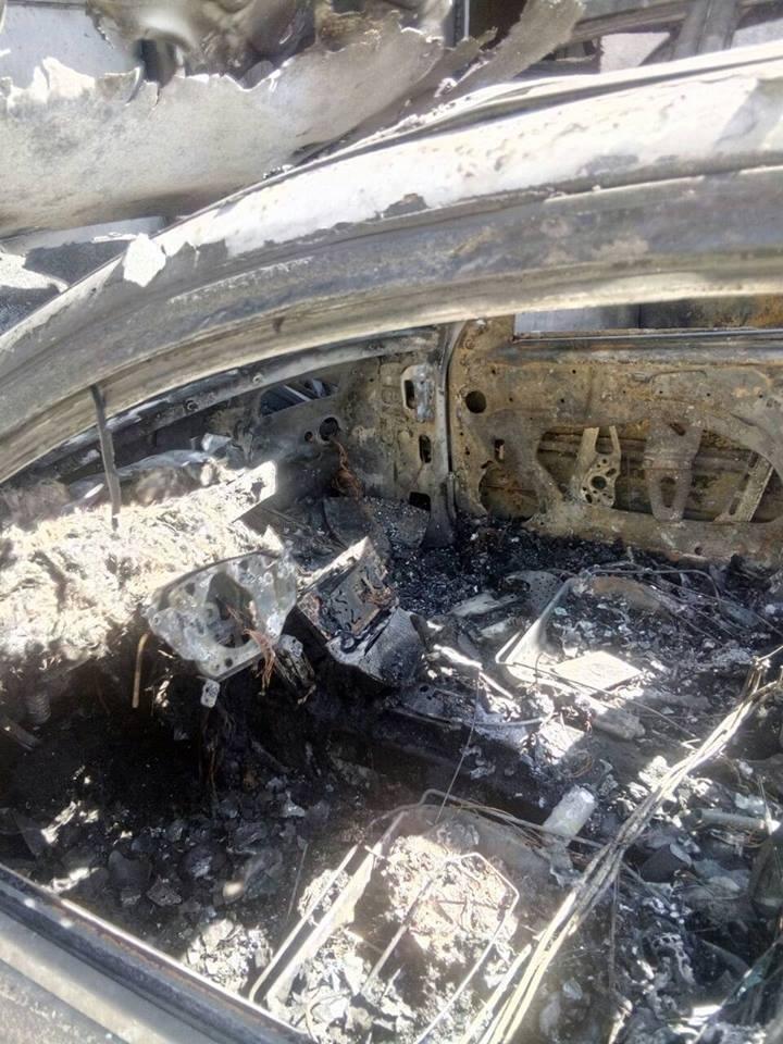 В Каменском сожгли две иномарки, фото-2