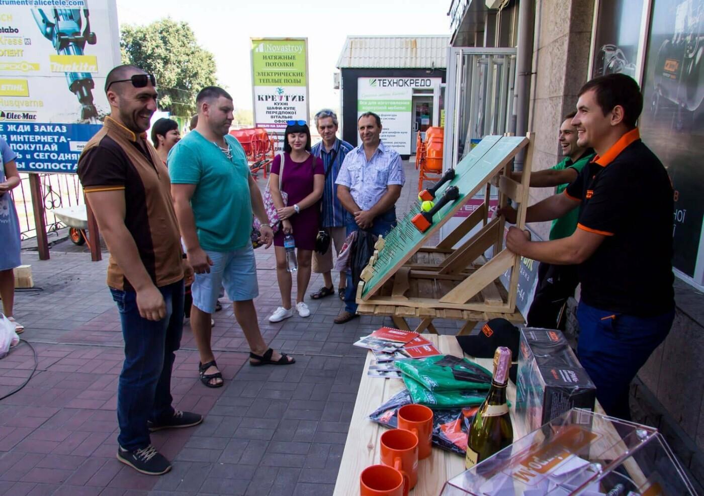 Музыка, подарки и море позитива: в Каменском открылся фирменный магазин Дніпро-М, фото-3