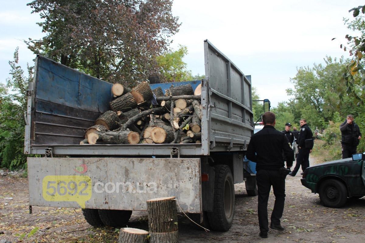 Каменские общественники вызвали полицию на Ждановское кладбище, фото-2