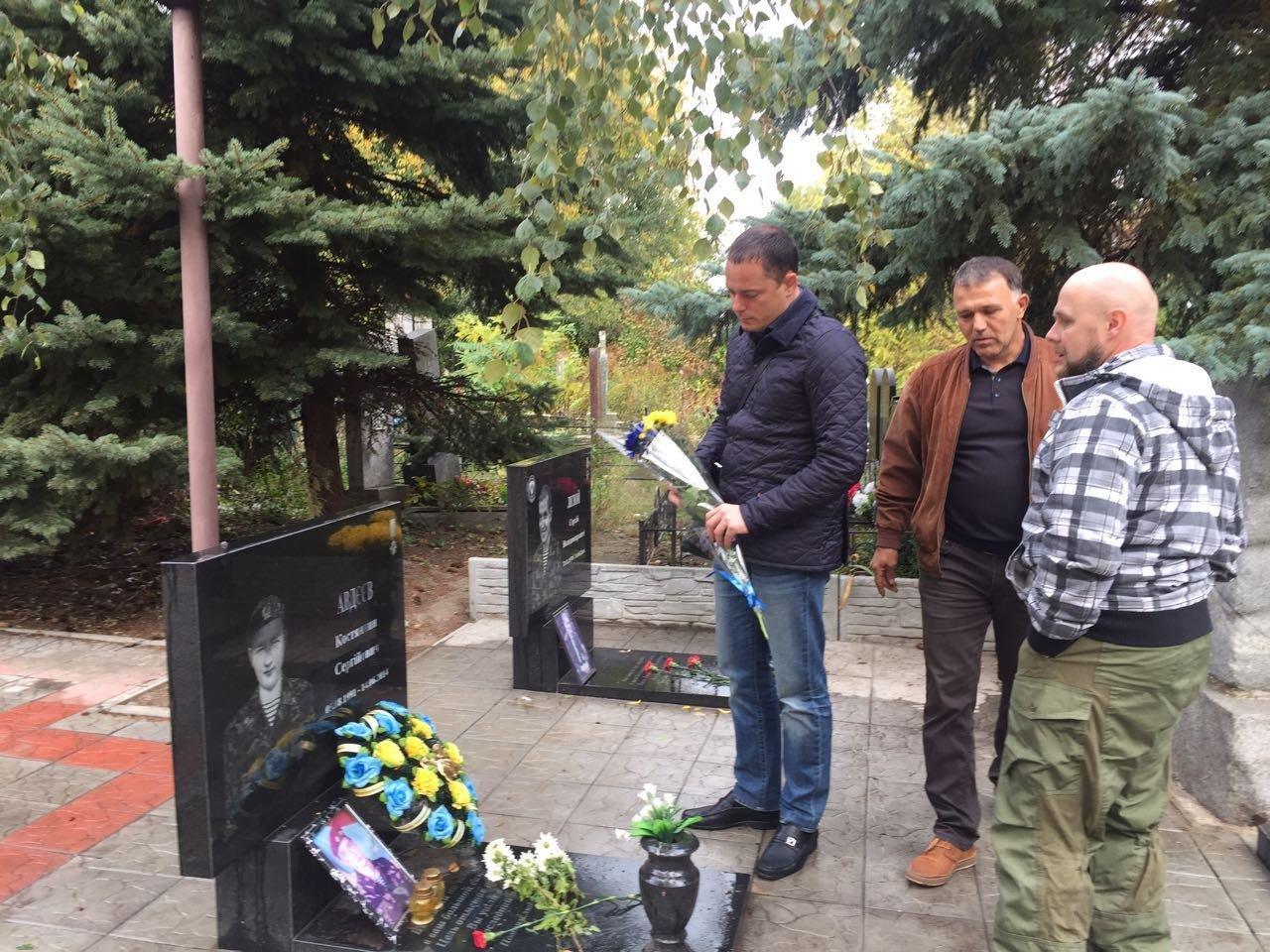 Мэр поздравил каменских воинов с Днем защитника Украины, фото-1