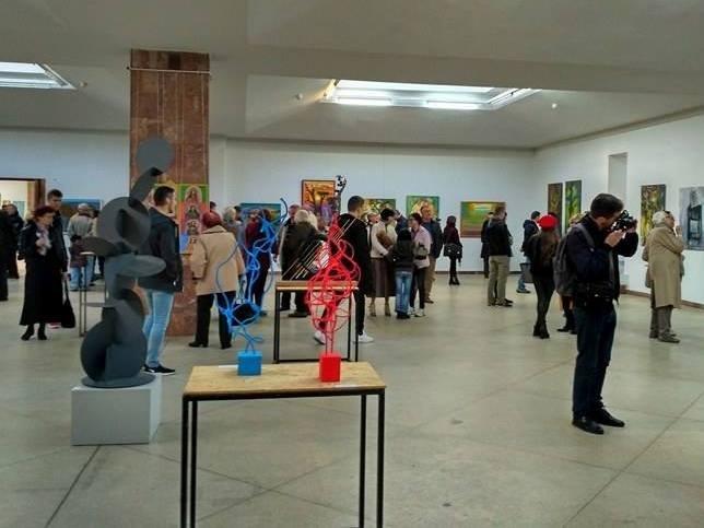 Каменская художница представила свои работы на международной выставке, фото-3