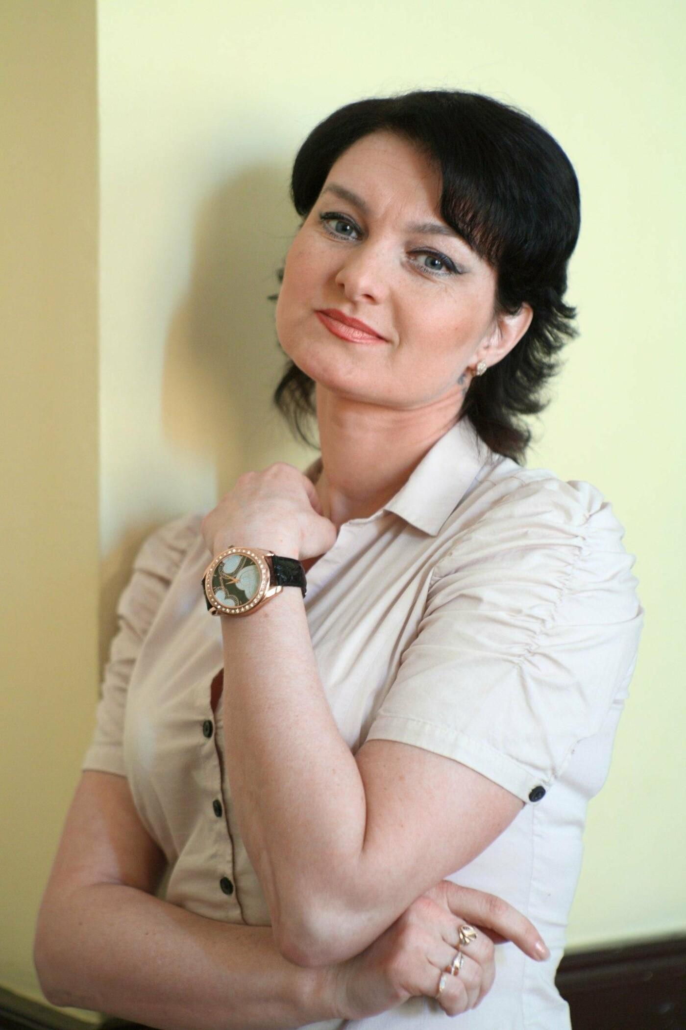 Актриса каменского театра стала заслуженной артисткой Украины, фото-1