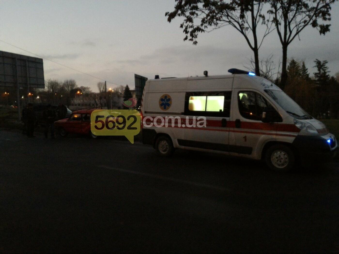 """ДТП в Каменском: Mitsubishi протаранил """"Запорожец"""", фото-2"""