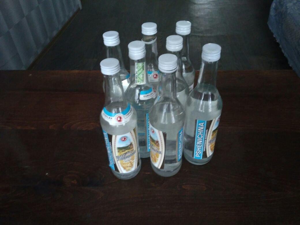 Полиция Каменского изымала водку, фото-2