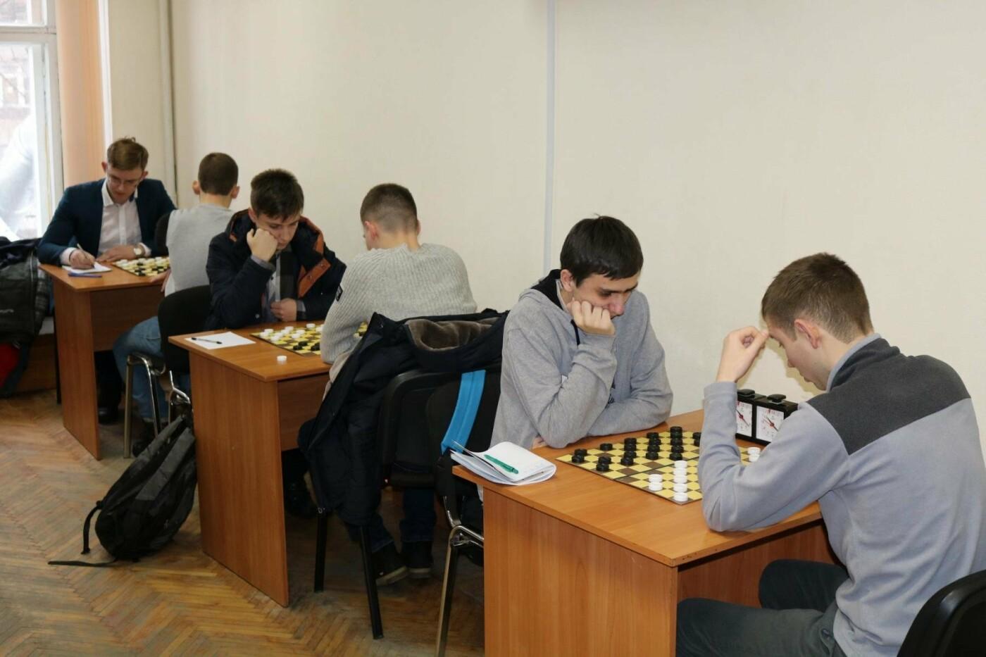 25 медалей: каменчане выступили на чемпионате области по шашкам, фото-1