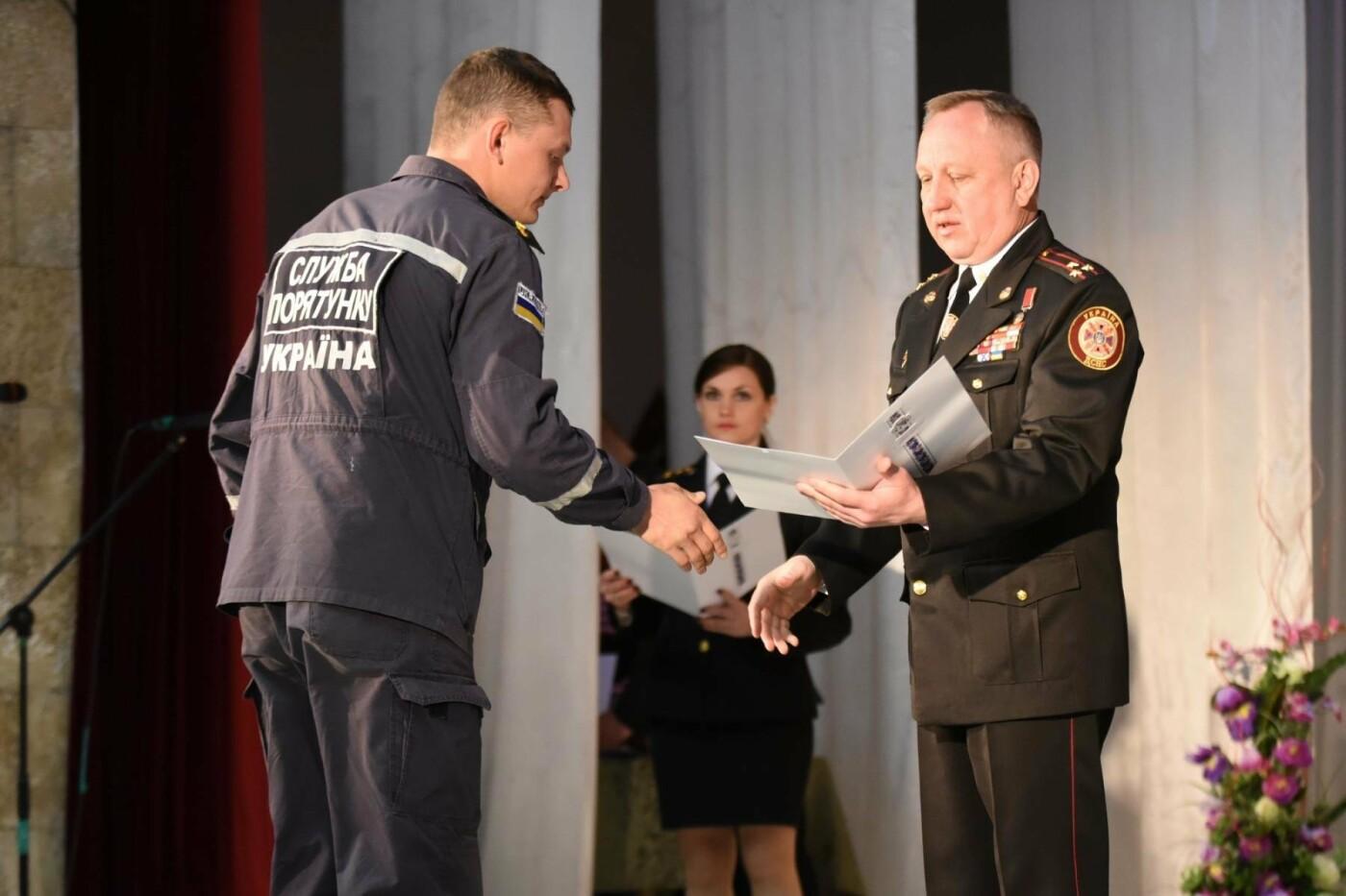 В Каменском отметили День пожарной охраны, фото-2
