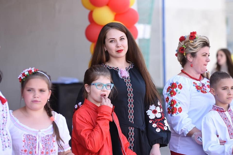 В Каменском выбрали самую красивую маму Днепровского района, фото-9