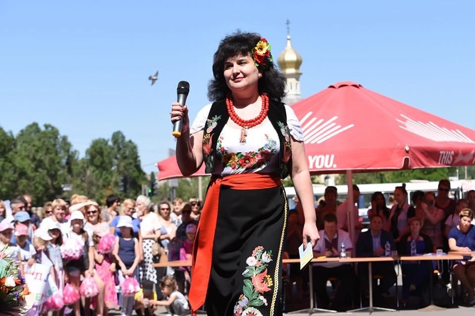 В Каменском выбрали самую красивую маму Днепровского района, фото-19