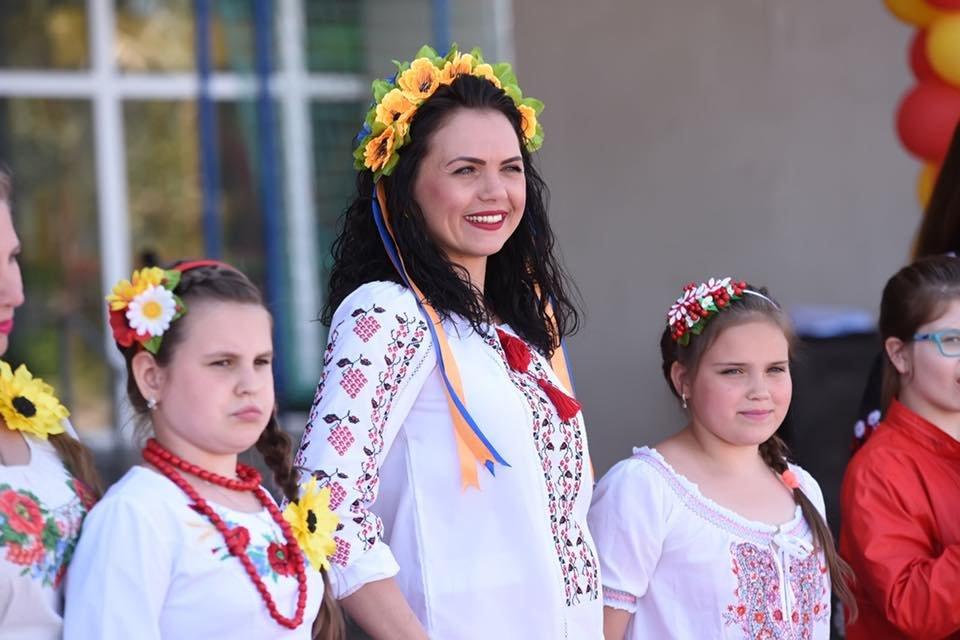 В Каменском выбрали самую красивую маму Днепровского района, фото-17