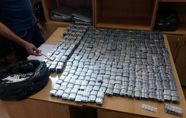 8 лет за таблетки: на Днепропетровщине осужден контрабандист, фото-1