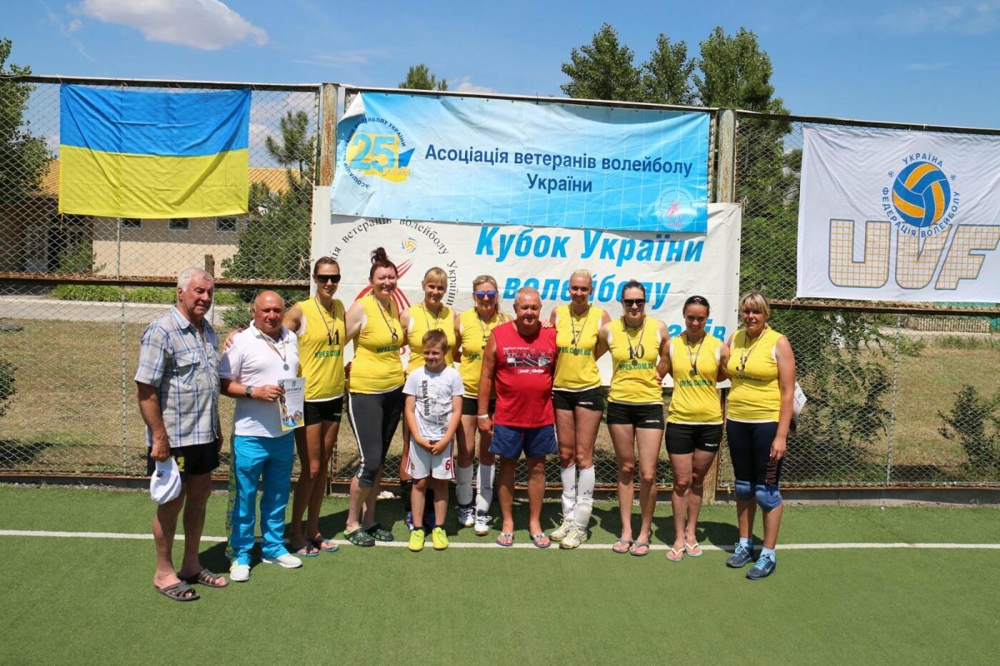 Ветераны волейбола из Каменского стали чемпионами Украины, фото-4