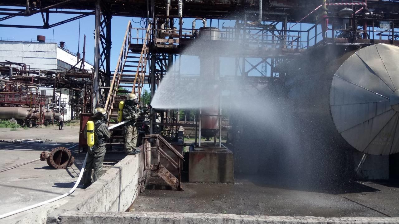 Спасатели Каменского тренировались ликвидировать аварии на Заводе минеральных удобрений, фото-4