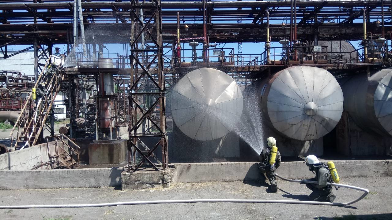 Спасатели Каменского тренировались ликвидировать аварии на Заводе минеральных удобрений, фото-6